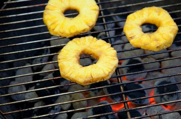 rum glazed grilled pineapple