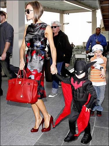 Victoria Beckham with a Hermes Birkin